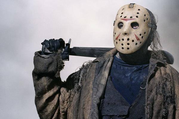 """À Qui Appartient Jason? La Querelle Sur Les Droits """"vendredi"""