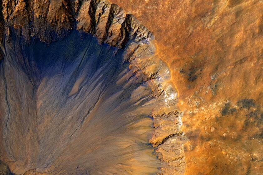 Mars a «saigné» des milliards d'années dans un lent processus qui l'a transformé en une pierre froide du désert