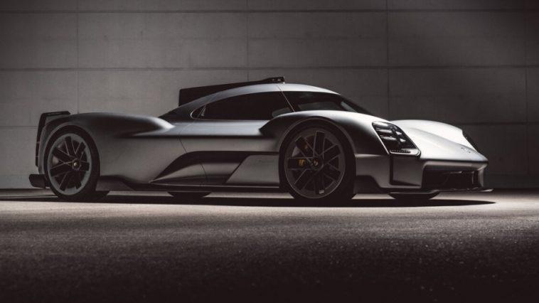 Le Sport Automobile Continue De Faire Sens. Porsche En Est