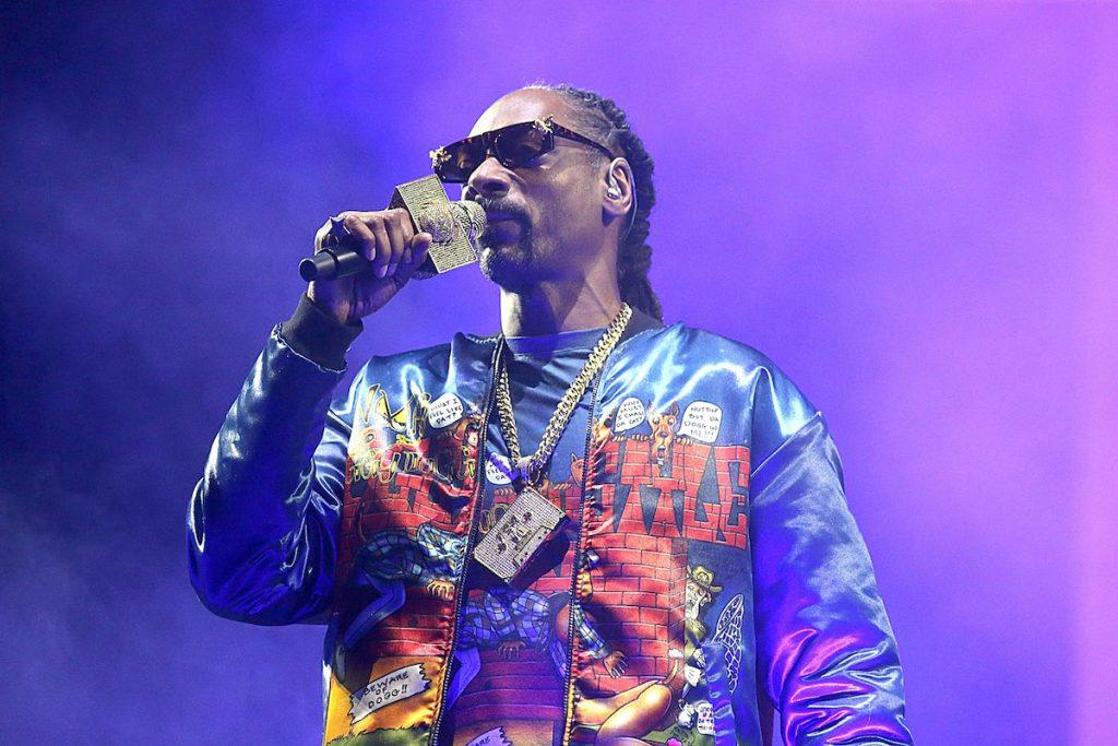 1605309726_991_Snoop-Dogg-a-appris-a-son