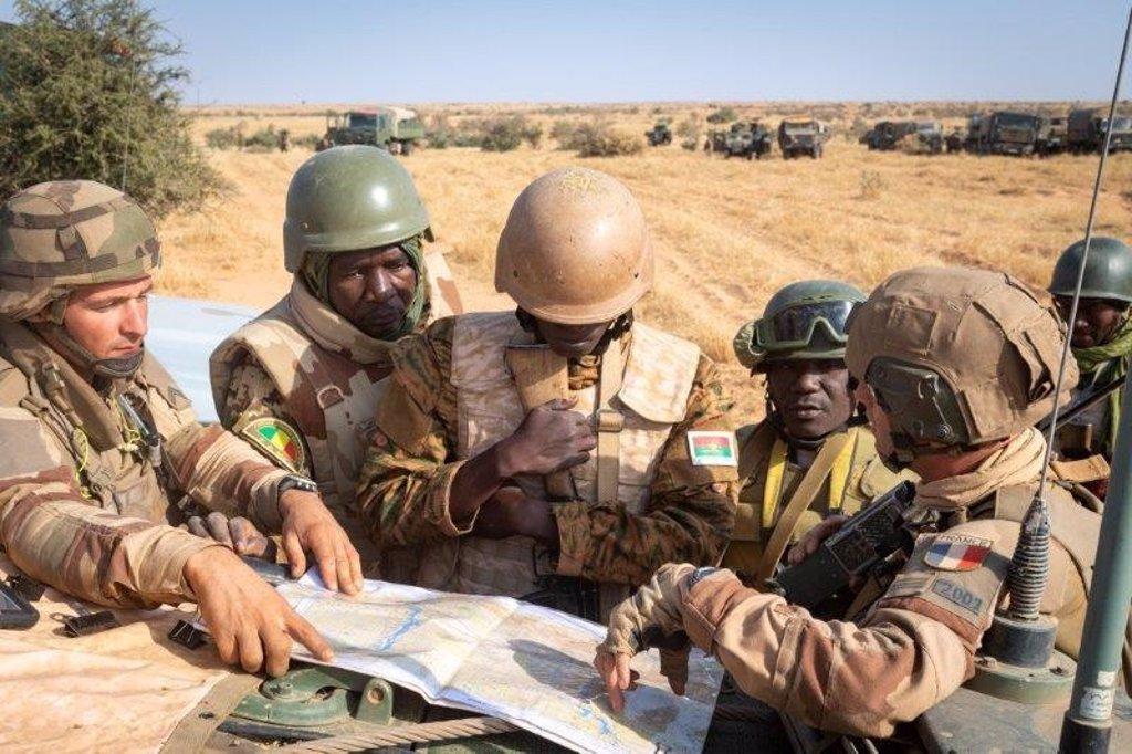 Une Opération Militaire Française Tue 30 Jihadistes Dans Le Centre
