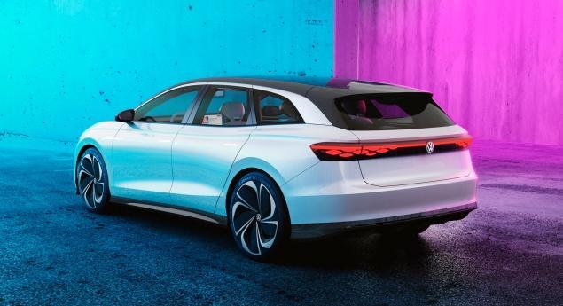 Volkswagen. Id.5 Est Il L'héritier électrique De La Passat?