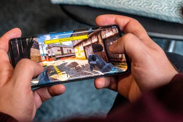 Les Smartphones Oneplus Peuvent Désormais Trouver Des Bornes De Recharge
