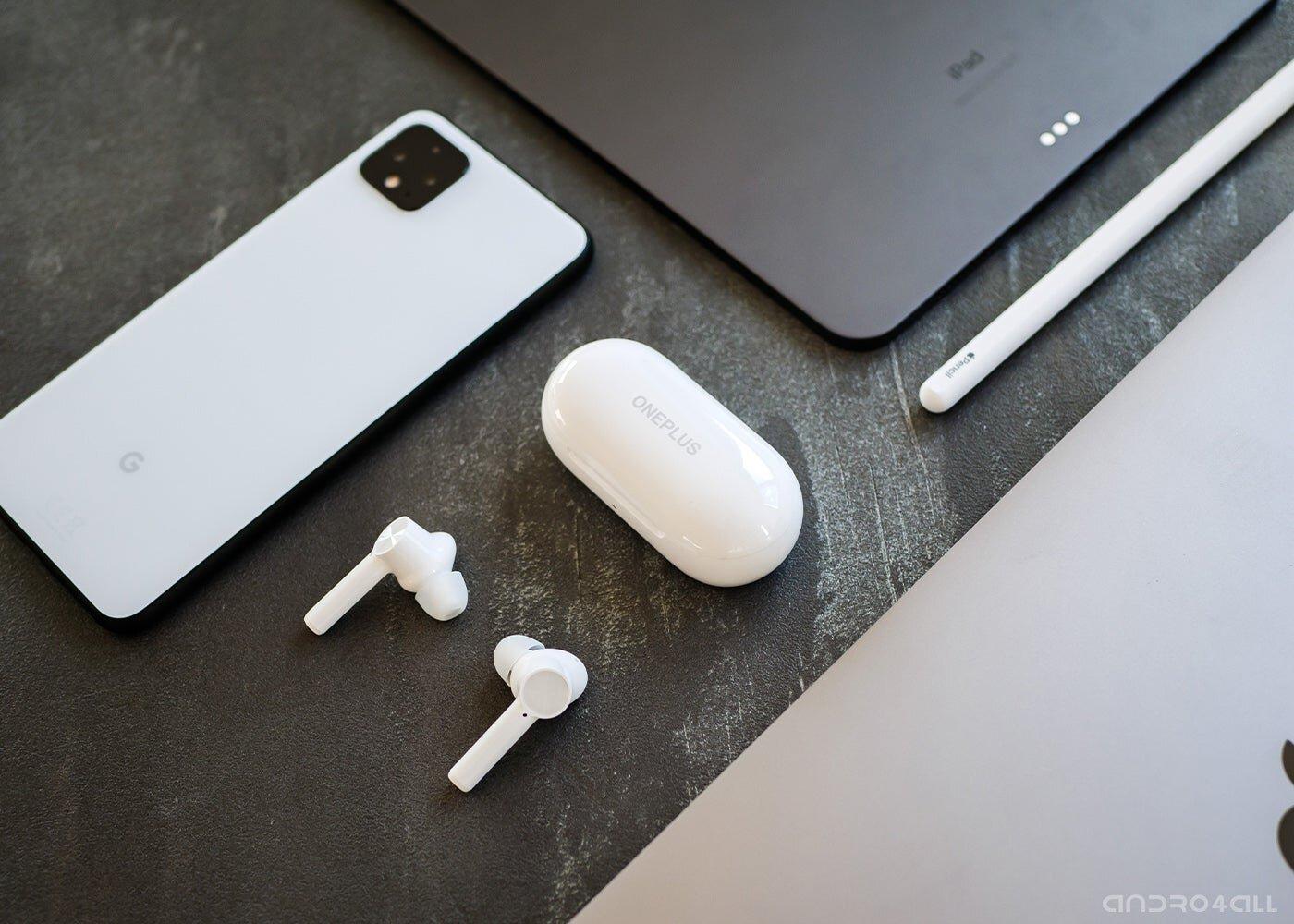 L'étui de chargement OnePlus Buds Z