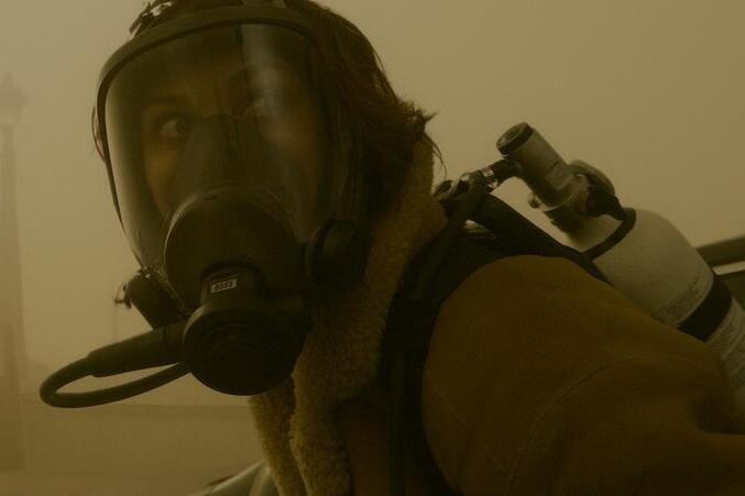 `` The Haze '': un thriller apocalyptique frénétique se déroulant à Paris et avec une brume mystérieuse alors que le protagoniste arrive sur Amazon Prime Video