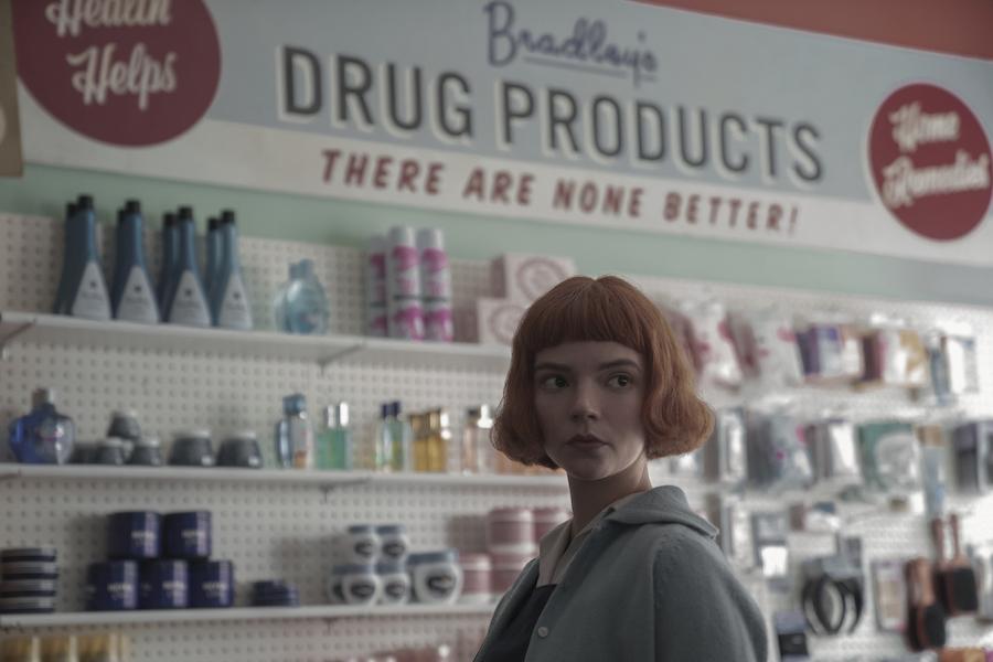 Anya Taylor-Joy dans le rôle de Beth Harmon dans l'épisode 2 de The Queen's Gambit