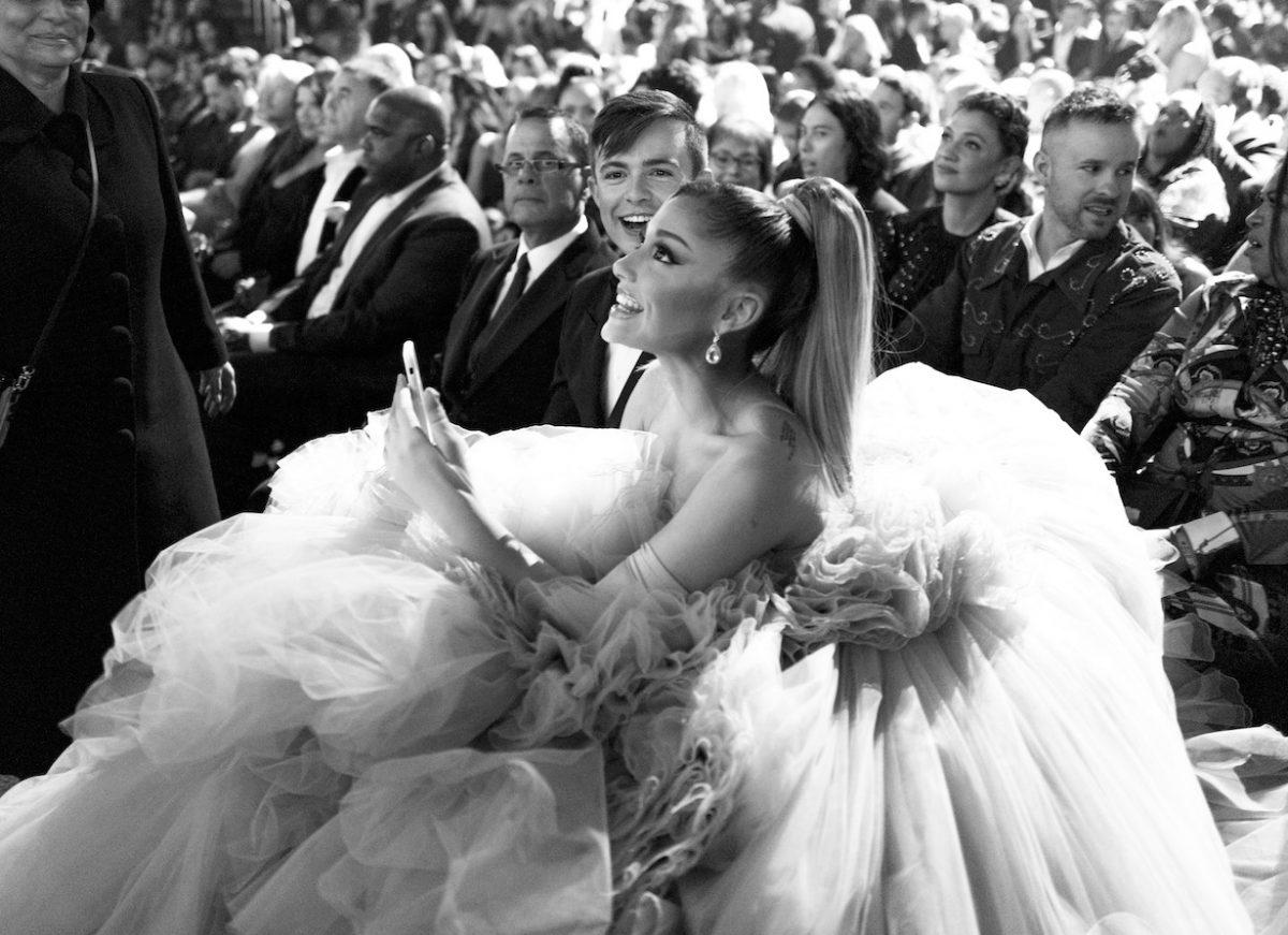 Ariana Grande assiste aux 62ème GRAMMY Awards annuels le 26 janvier 2020