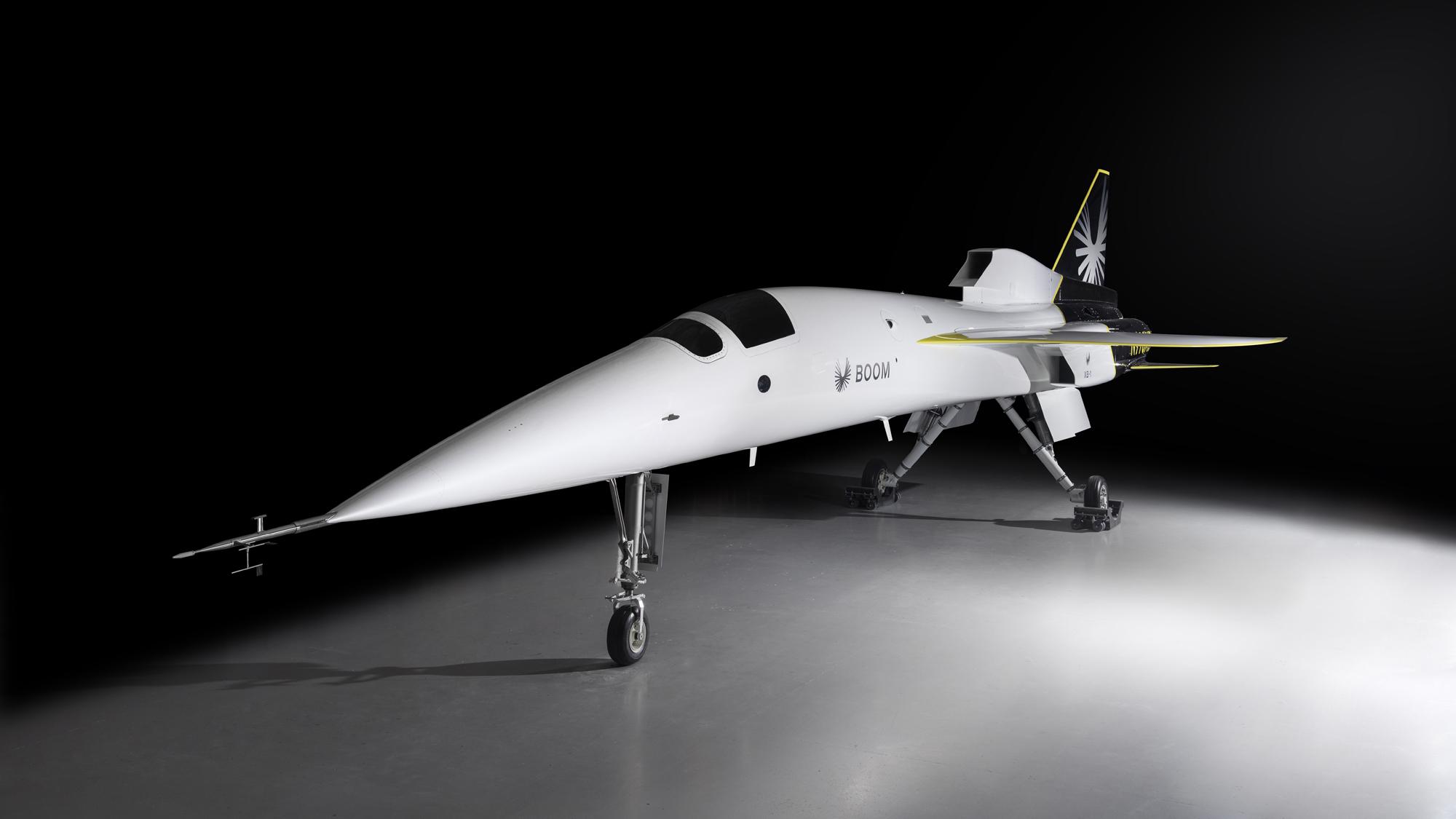 Boom Supersonic a dévoilé son avion de passagers supersonique XB-1 en octobre 2020.