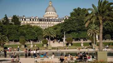 La France Enregistre Une Légère Baisse Des Cas Quotidiens Avec
