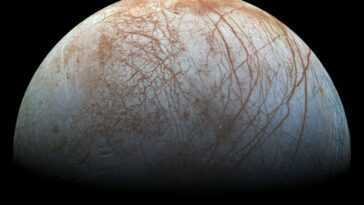 La Lune Océanique De Jupiter, Europa, Pourrait Jaillir Des Panaches
