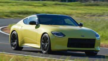 Z Contre Supra. Nissan Lance La «farpazinha» Vers Toyota