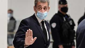 """Sarkozy Rejette Les Accusations Portées Contre Lui Comme Des """"infamies"""""""