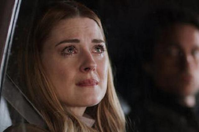Mel est très inquiet pour Jack.  Survivre a?  (Photo: Netflix)