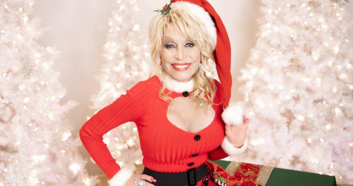 Dolly Parton Annonce Un Nouveau Spécial Vacances Cbs A Holly