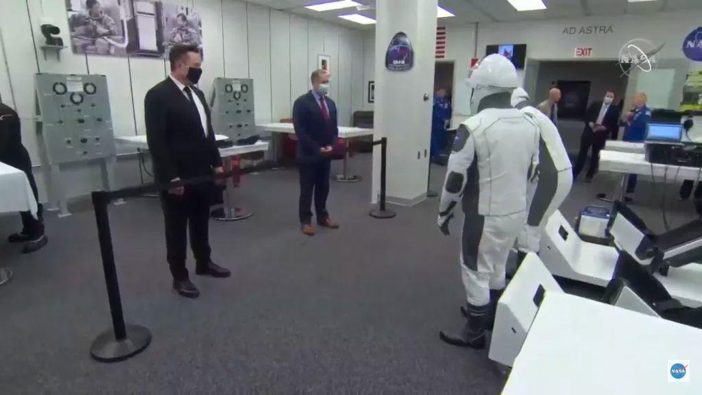 Elon Musk De Spacex Dit Qu'il A été Testé Positif
