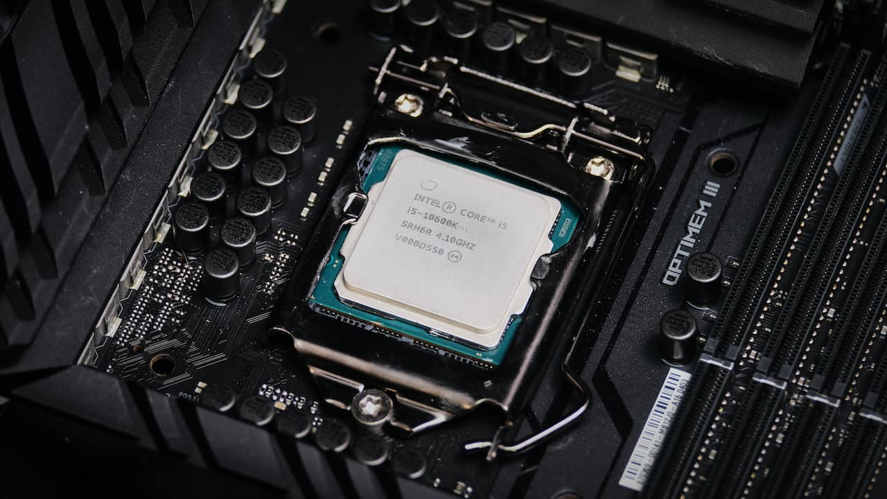 Intel Comet Lake S 10600k, 10900k Review (?): Le Dilemme