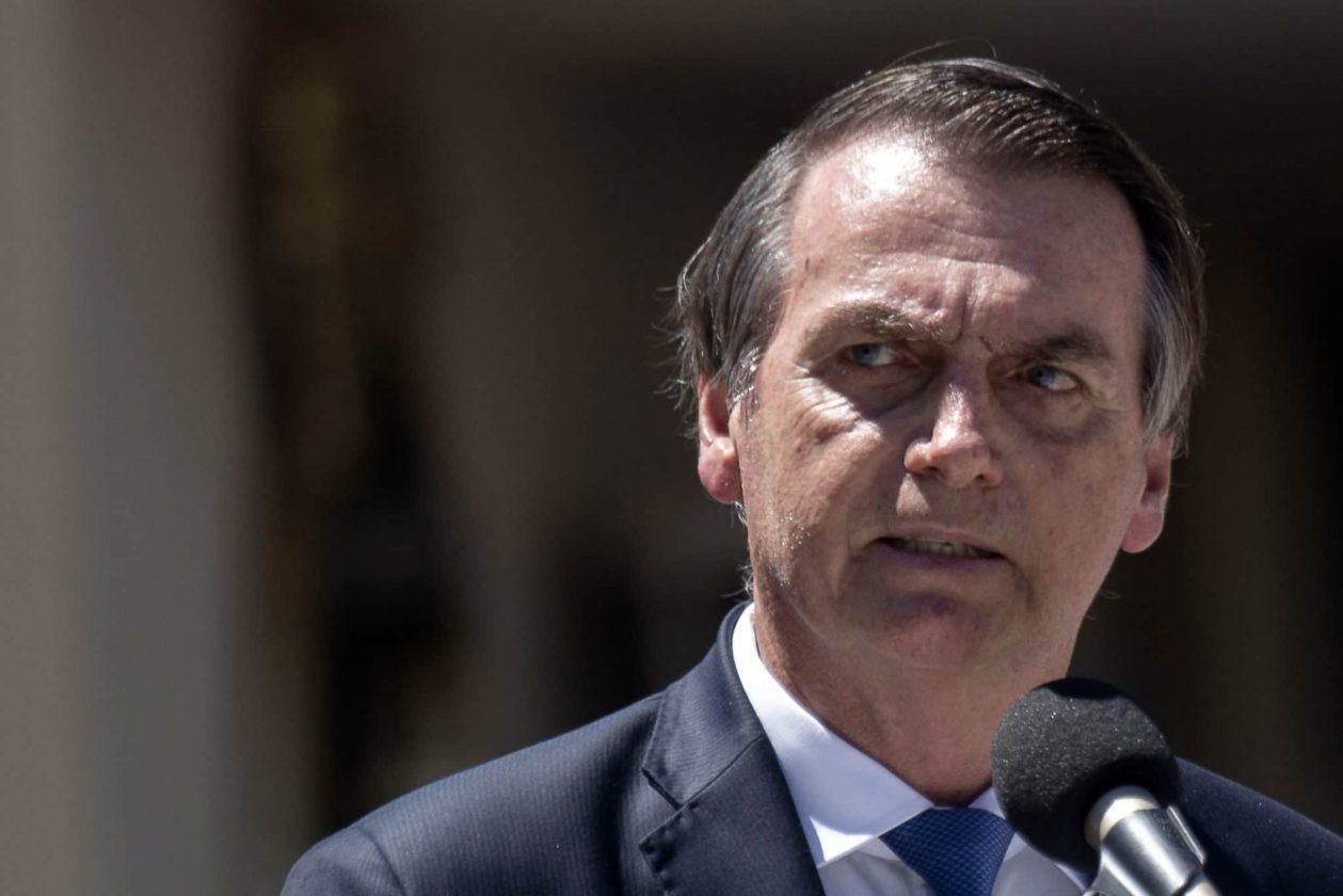 Jair Bolsonaro Dit Au Brésil De Ne Pas Traiter Le