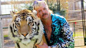 Joe Exotic `` A Dépensé 10000 Dollars '' à L'hôtel