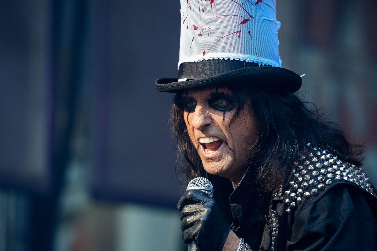 Alice Cooper performs during the