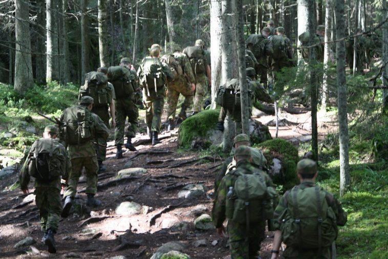L'armée Finlandaise A Averti Que L'homosexualité était Un `` Obstacle