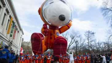 Astronaut Snoopy balloon at the 93rd Macy