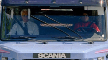 Le Jour Où Diego Maradona A Acheté Un Camion Scania