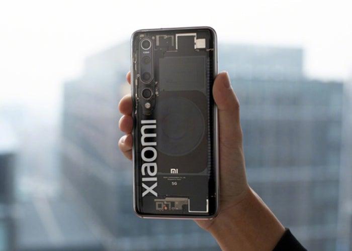 Le Xiaomi Mi 10 avec sa combinaison transparente