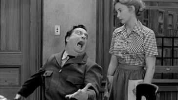Audrey Meadows as Alice Kramden and Jackie Gleason as Ralph Kramden on