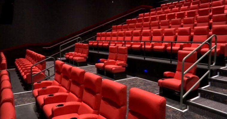 Les Propriétaires De Salles De Cinéma Appellent Le Congrès à