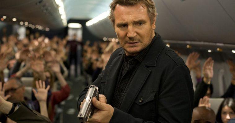 Liam Neeson Fait équipe Avec Le Directeur Des Predators Pour