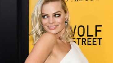 Margot Robbie attends the