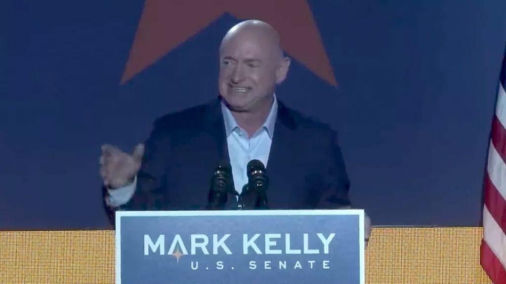 Mark Kelly Devient Le 4e Astronaute élu Au Congrès