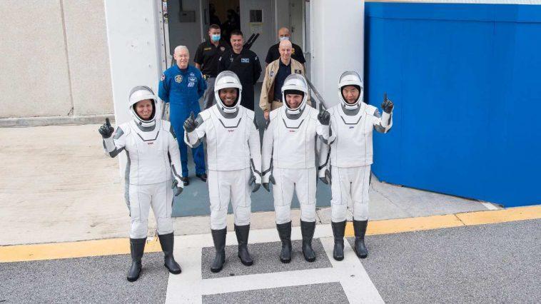 Mission Crew 1 De Spacex Pour Lancer Quatre Astronautes Sur L'iss
