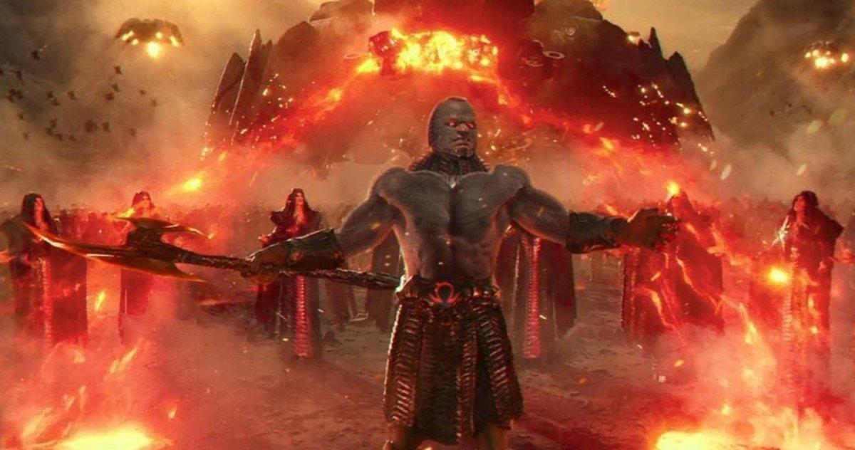 Mystère Derrière L'invasion De La Terre De Darkseid Dans La