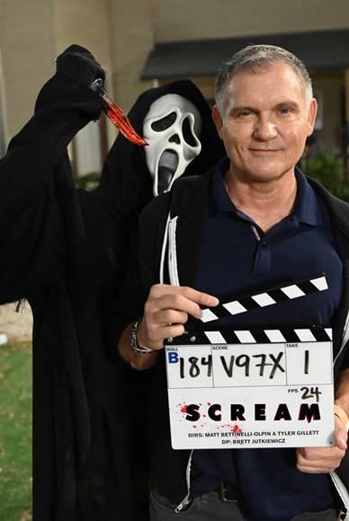 """Production De Scream 5 Wraps; Le Créateur Confirme """"scream"""" Comme"""
