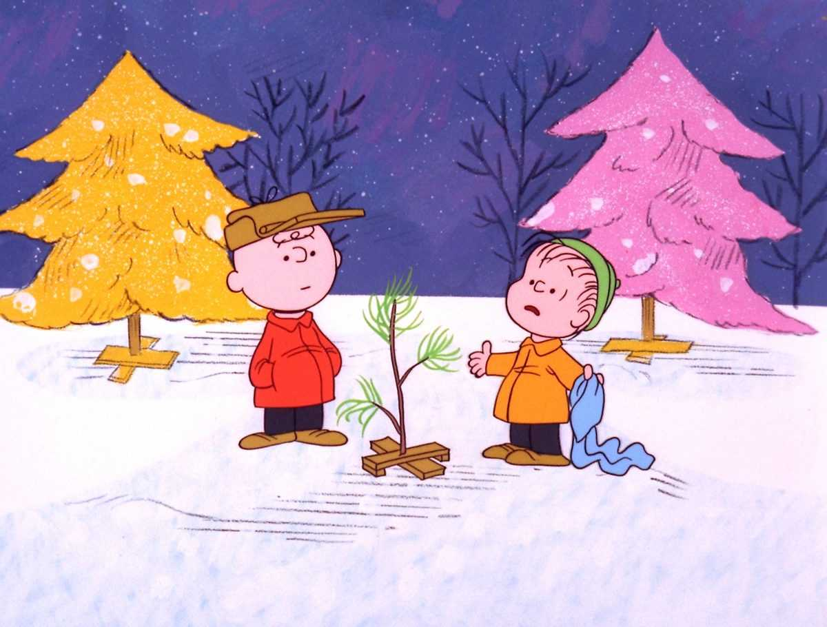 Charlie Brown et Linus avec arbre de Noël