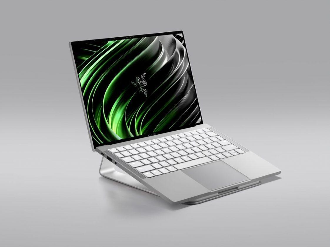 Razer Book 13 3.jpg