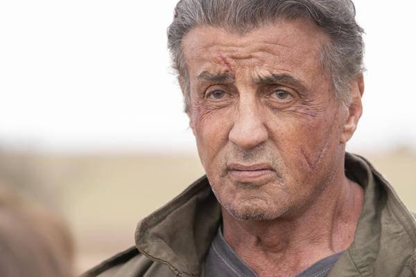"""Sylvester Stallone Joue à James Gunns """"la Brigade Suicide"""" Avec"""