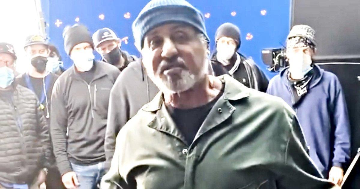 Sylvester Stallone Remercie Tout L'équipage Samaritain Après Avoir Terminé Son