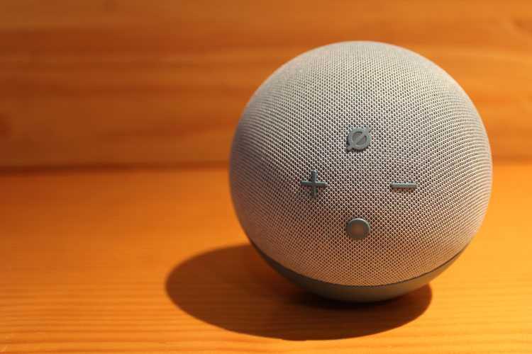 Unboxing Y Opinion Del Alexa Amazon Echo Dot 4 Con Reloj.jpg