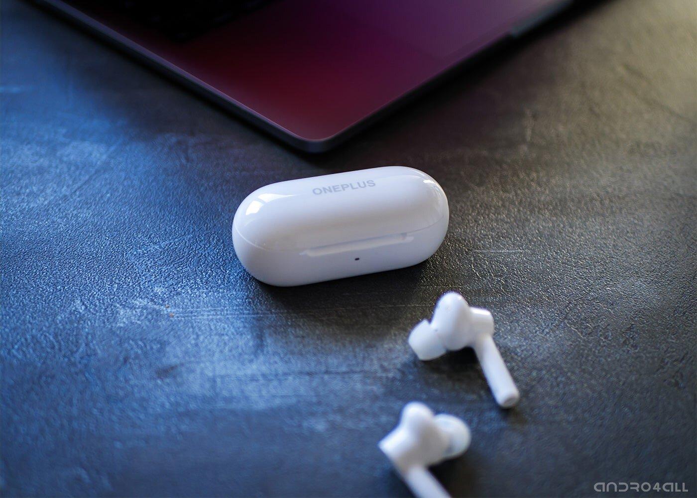 OnePlus Buds Z, étui de chargement