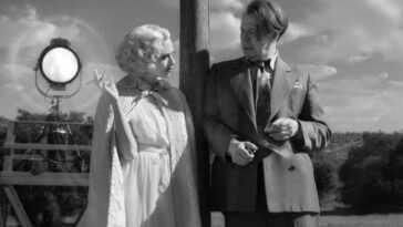 """""""carence"""" Critique: L'hommage De David Fincher à Hollywood, Digne D'un"""