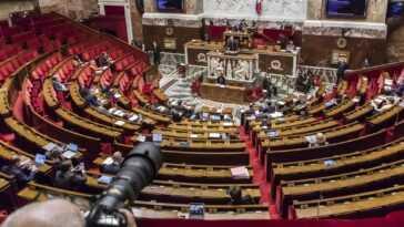 Le Gouvernement Français S'oppose à La Reconnaissance De La République