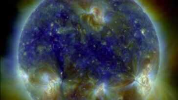Cette image multispectrale époustouflante du Soleil est un bon moyen de célébrer le fait que l'Observatoire de la dynamique solaire le photographie toutes les 0,75 seconde depuis une décennie.