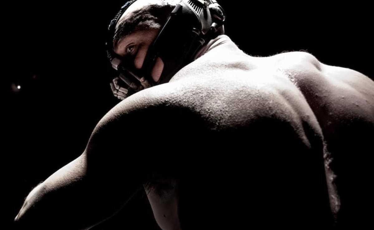 """""""The Dark Knight Rises"""": De quoi Christopher Nolan s'est-il inspiré pour le personnage de Bane?"""