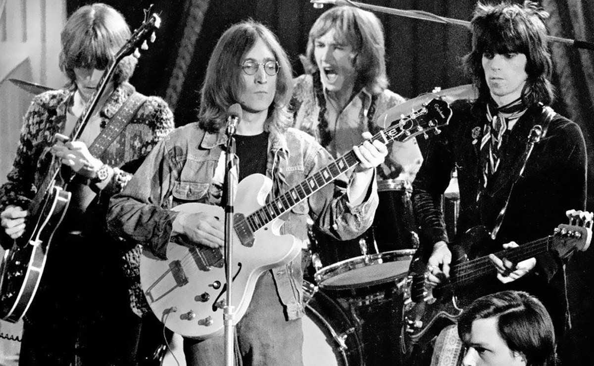 John Lennon et sa première apparition en dehors des Beatles