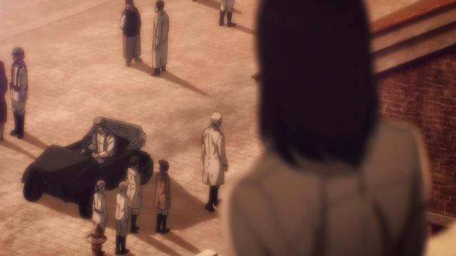 Eren surveille de près ses ennemis (Photo: Crunchyroll)
