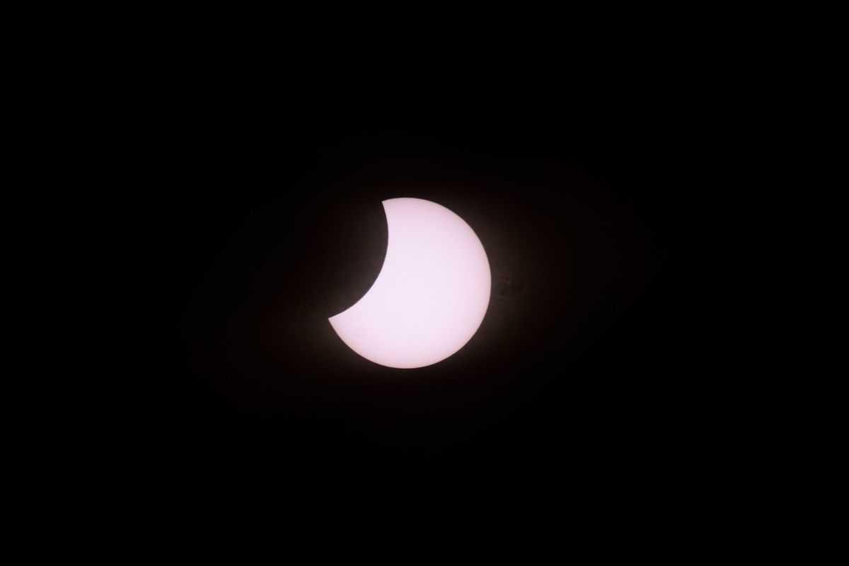 C'est Commencé! La Seule éclipse Solaire Totale De 2020 Est