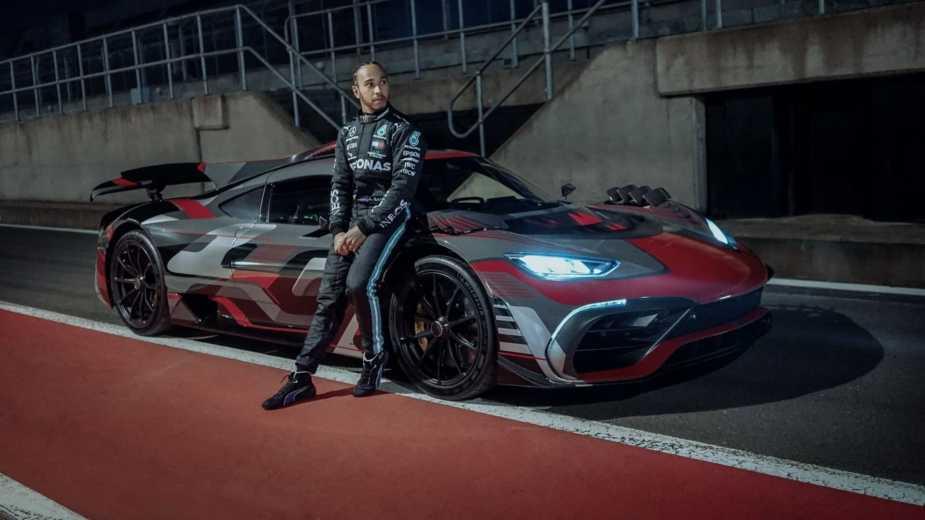 Savez Vous Qui A Conduit La Mercedes Amg One? Lewis Hamilton, Bien