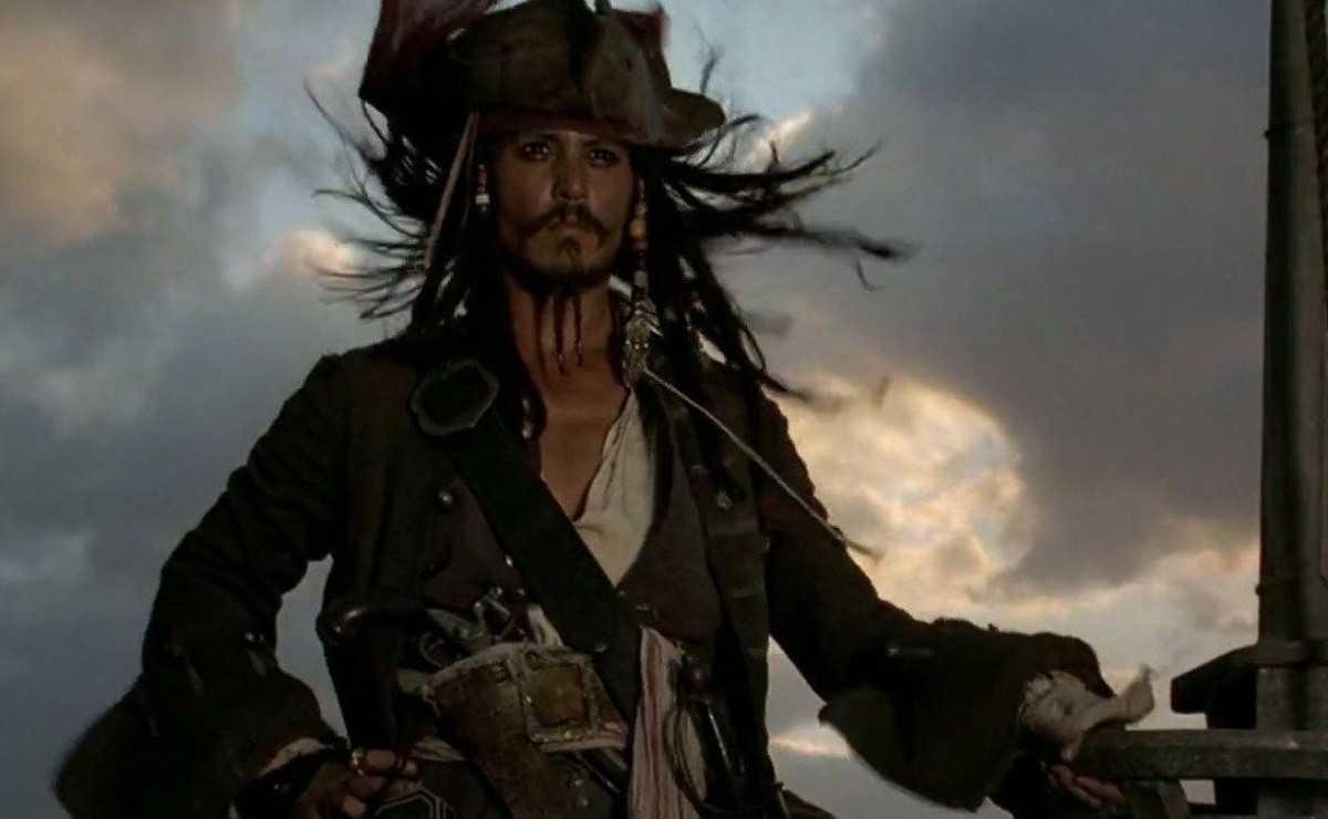 """""""Pirates des Caraïbes"""": Disney aurait bloqué le retour de Johnny Depp"""